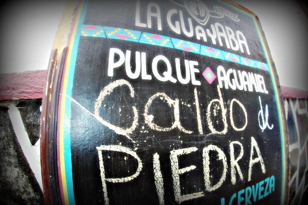 CALDO DE PIEDRA en Pulquería La Guayaba